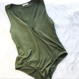 Ambiance olive green bodysuit M/L